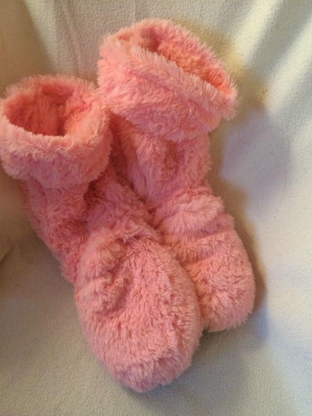 rosa tofflor