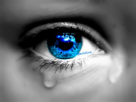 crying_eye____by_paramorepixie-d55su6d