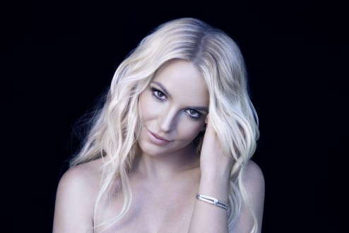 Dagens låt: Britney Spears – Hold It Against Me